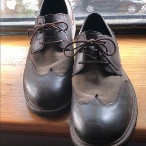 Men's dress wingtips